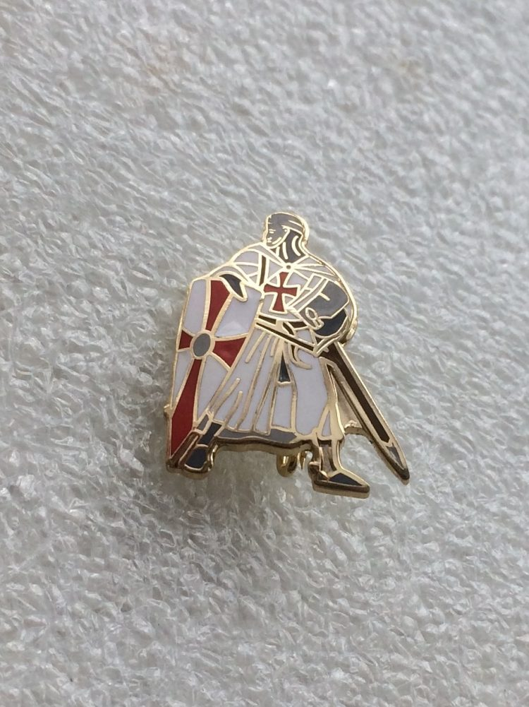 St George enamel badge