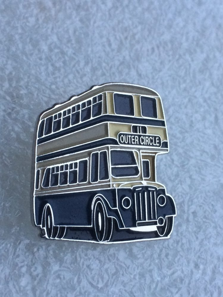 Double deck bus badge - Outer Circle